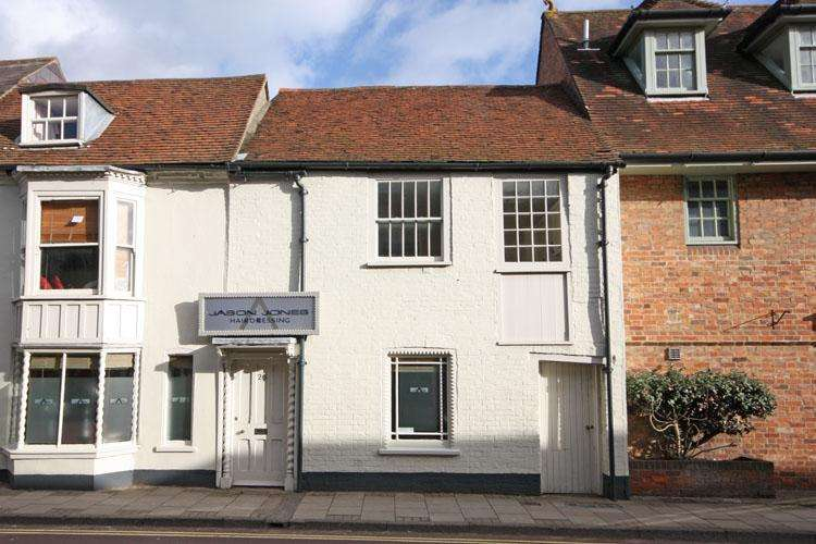 1 Bedroom Apartment Flat for sale in Roundhouse Mews, St Thomas Street, Lymimgton SO41