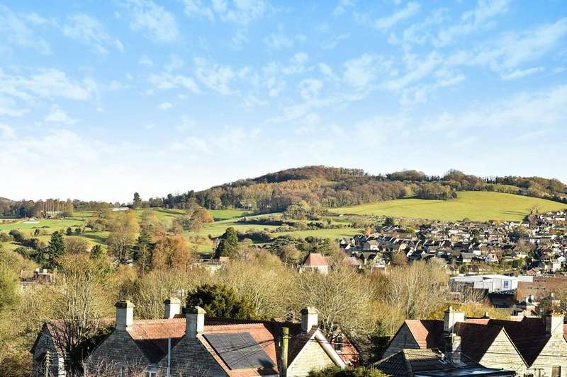 2 Bedrooms Semi Detached House for sale in Rodborough Hill, Stroud