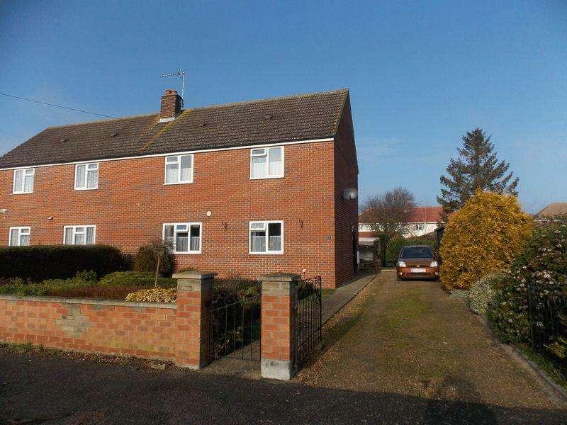 3 Bedrooms Semi Detached House for sale in Croft Road, Isleham