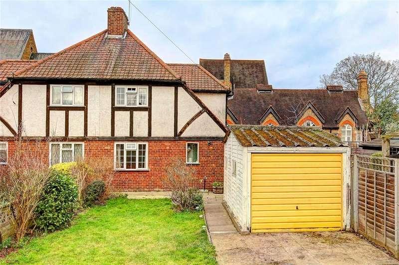 4 Bedrooms Semi Detached House for sale in Bridgeman Road, Teddington, TW11