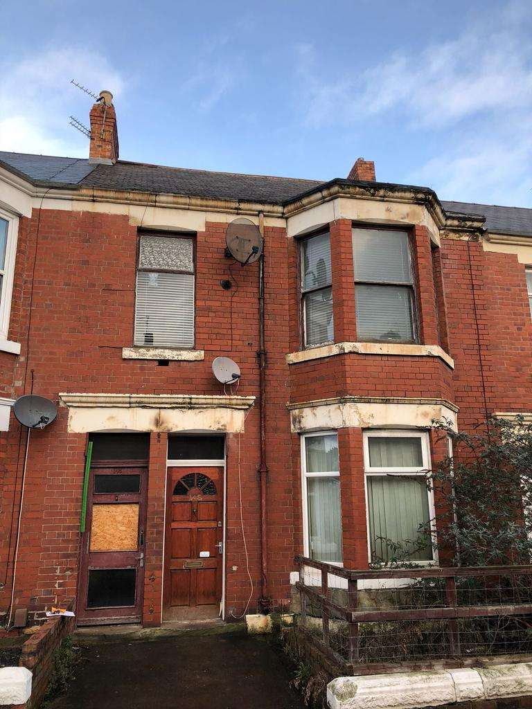 2 Bedrooms Flat for sale in Simonside Terrace, Heaton, Newcastle upon Tyne NE6