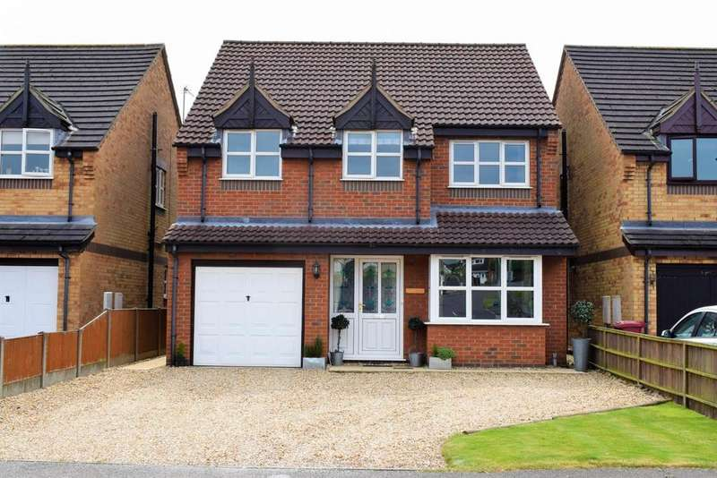 4 Bedrooms Detached House for sale in Windsor Way, Broughton, Brigg, North Lincolnshire, DN20