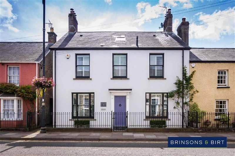4 Bedrooms Town House for sale in Westgate, Cowbridge