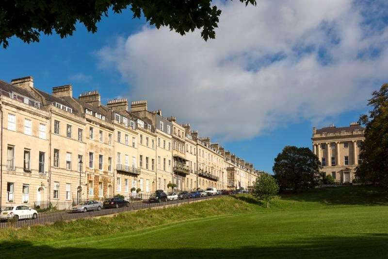 2 Bedrooms Maisonette Flat for sale in Marlborough Buildings, Bath, BA1