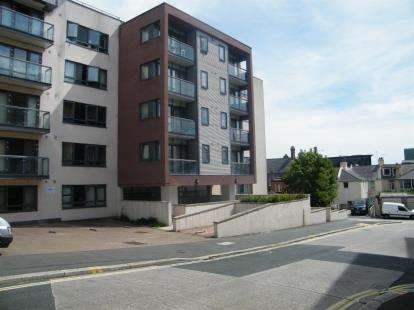 Flat for sale in Plymouth, Devon, England