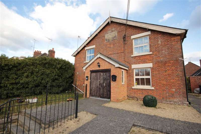 2 Bedrooms Terraced House for sale in Chiseldon, Wiltshire