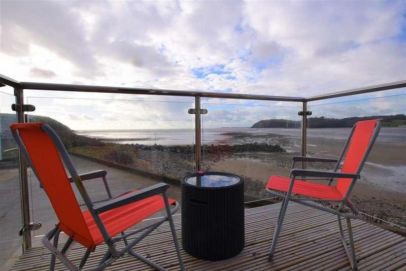 3 Bedrooms Terraced House for sale in Ferryside