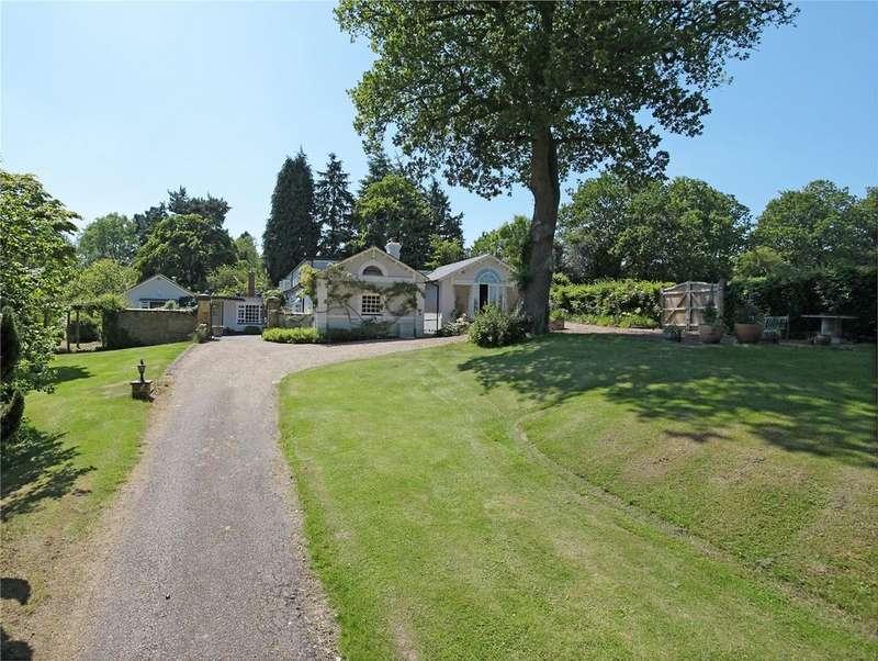 5 Bedrooms Detached House for sale in Broom Lane, Langton Green, Tunbridge Wells, Kent, TN3