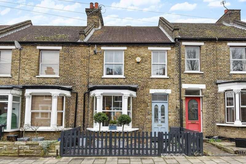 3 Bedrooms Terraced House for sale in Camden Grove, Chislehurst
