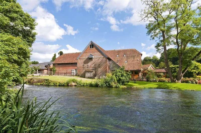 3 Bedrooms House for sale in Twyford, Winchester, SO21