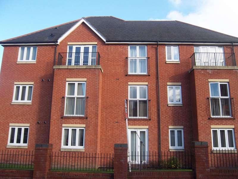 2 Bedrooms Flat for sale in Ardgowan Grove, Lanesfield WV4
