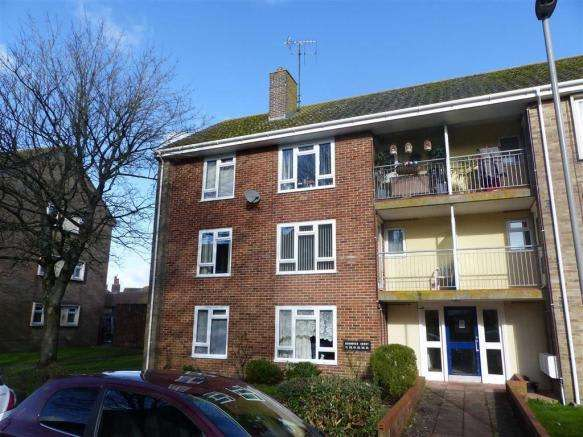 2 Bedrooms Property for sale in Durnover Court, Dorchester, Dorset