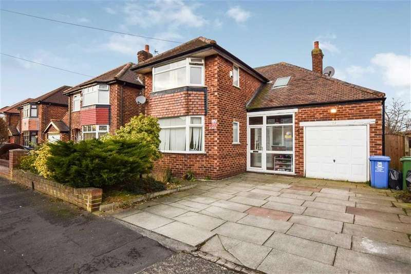 3 Bedrooms Detached House for rent in Craddock Road, Sale, Cheshire, M33