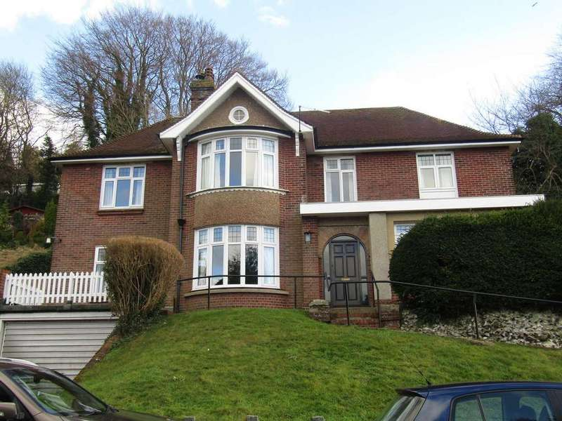 5 Bedrooms Detached House for rent in Green Lane, Temple Ewell, Dover
