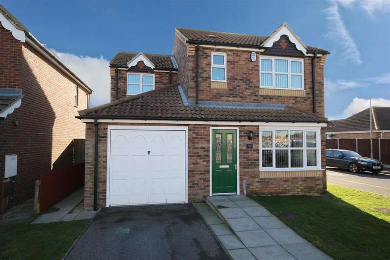 3 Bedrooms Detached House for sale in Faldos Way, Mablethorpe
