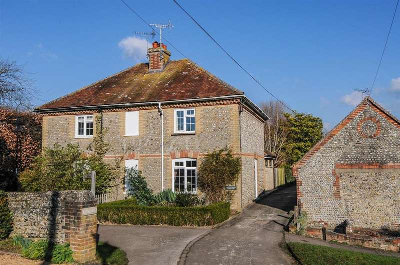 2 Bedrooms Semi Detached House for sale in Church Road, Yapton