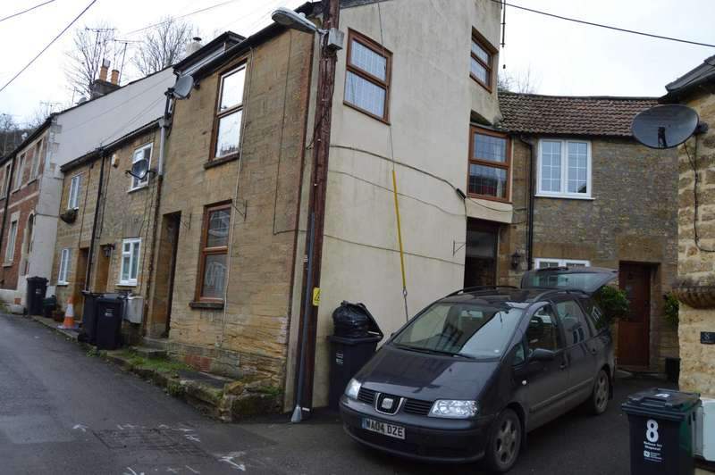 2 Bedrooms Semi Detached House for rent in Lyewater
