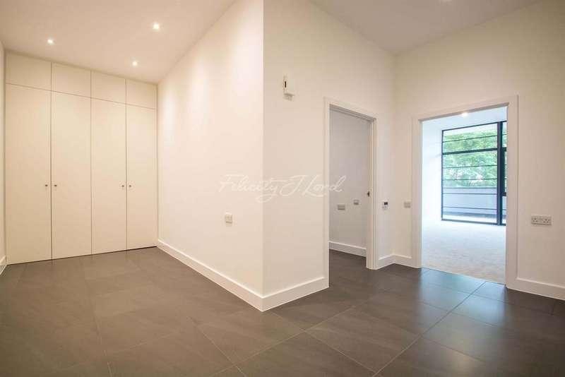 2 Bedrooms Flat for sale in Wick Tower, Powis Street, SE18