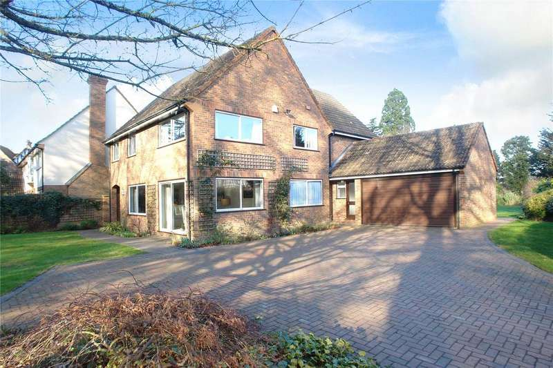 5 Bedrooms Detached House for sale in East Common, Harpenden, Hertfordshire
