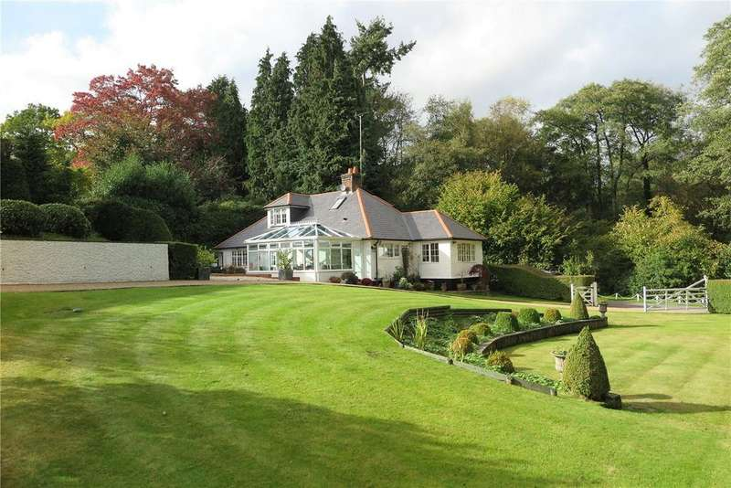 3 Bedrooms Detached House for sale in Jumps Road, Churt, Farnham, GU10