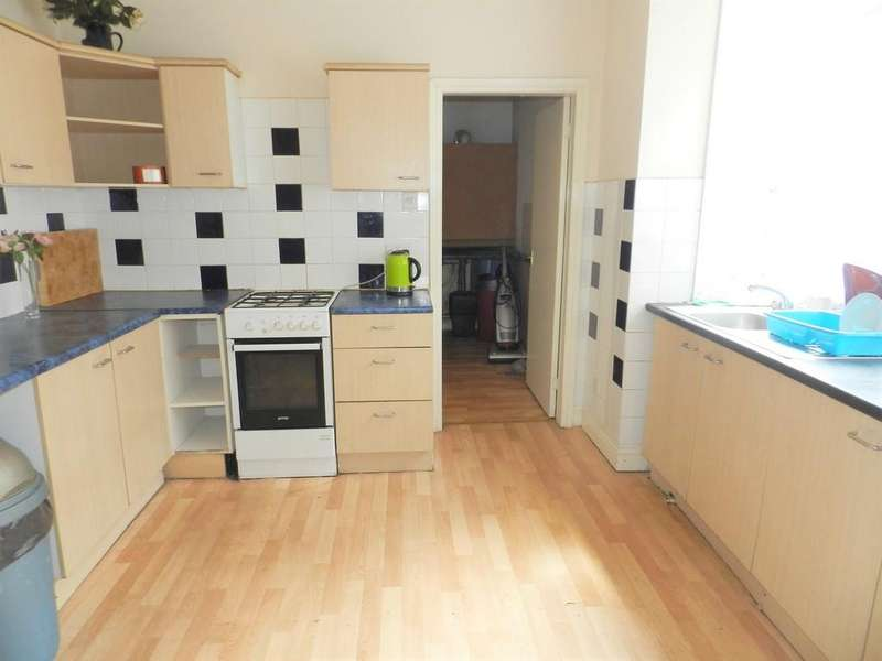 6 Bedrooms Terraced House for sale in Cliff Street, Preston