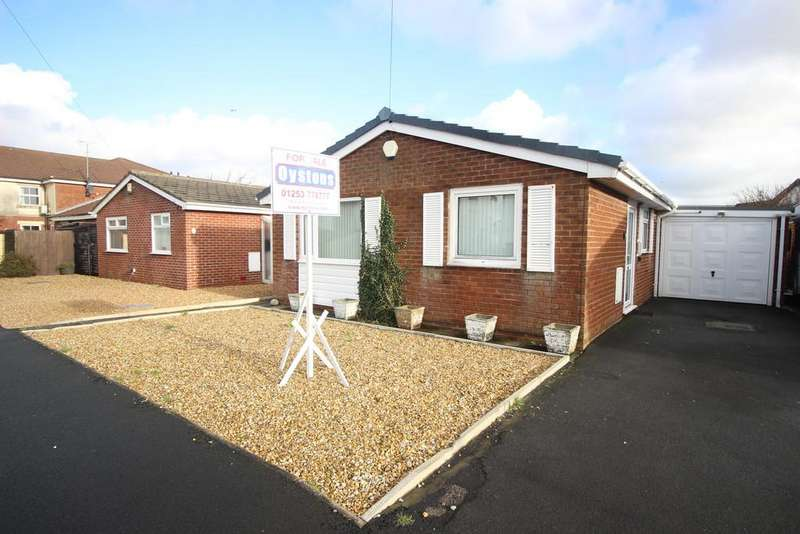 2 Bedrooms Detached Bungalow for sale in The Croft, Fleetwood