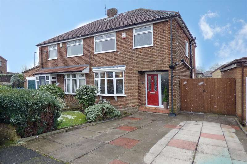 3 Bedrooms Semi Detached House for sale in Naunton Road, Alkrington, Middleton, Manchester, M24