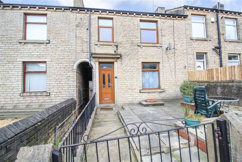 2 Bedrooms Terraced House for sale in Whiteley Street, Milnsbridge, Huddersfield