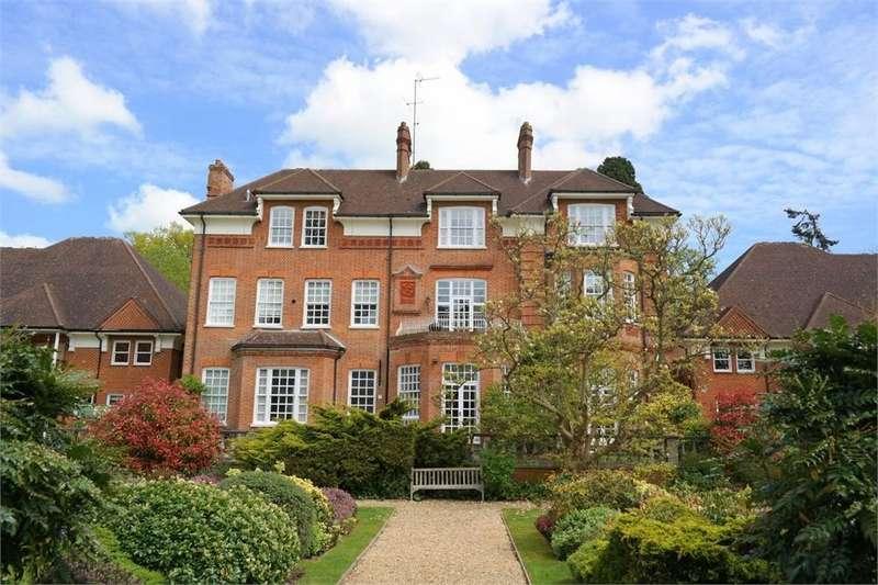 2 Bedrooms Flat for sale in Birklands Park, London Road, ST ALBANS, Hertfordshire