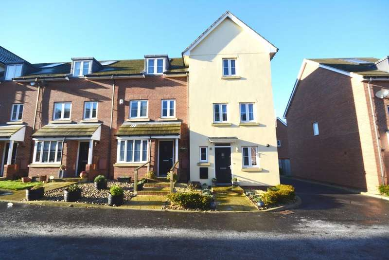 3 Bedrooms Semi Detached House for sale in Perryfields, Braintree, CM7
