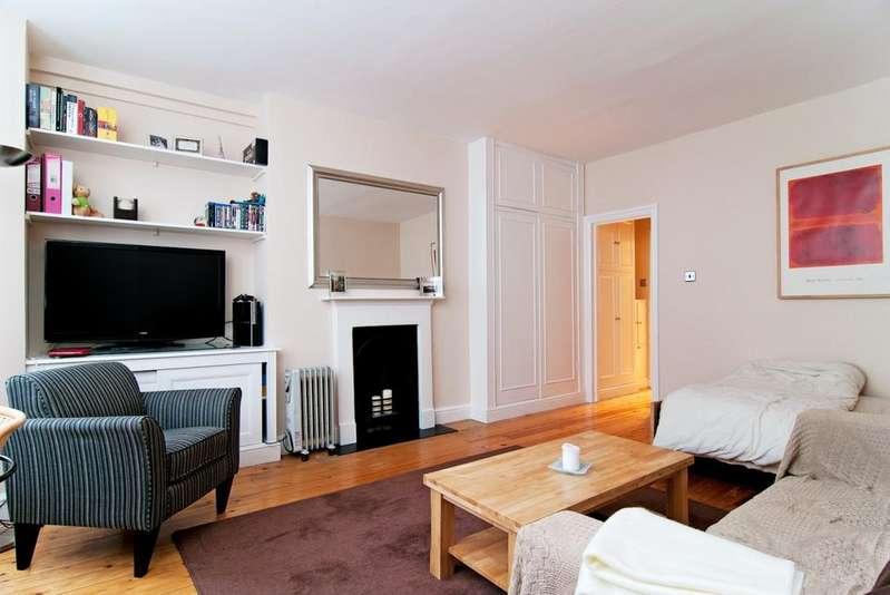 Studio Flat for sale in Campden Hill Gardens, Kensington