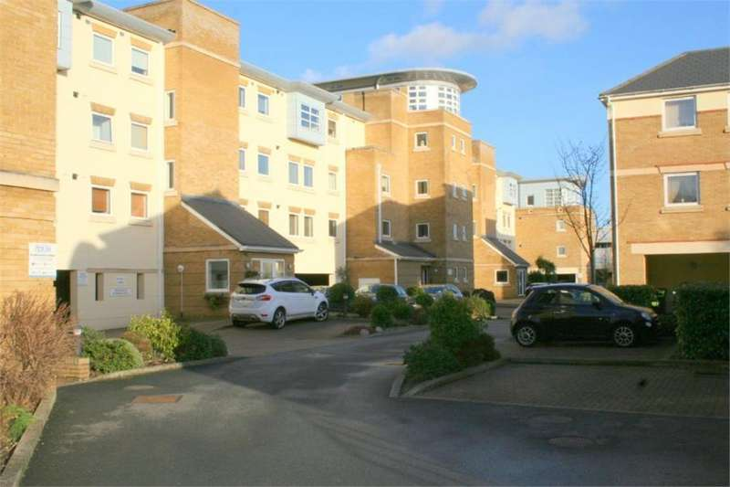 2 Bedrooms Apartment Flat for rent in Callow Court, Seymour Street, Chelmsford
