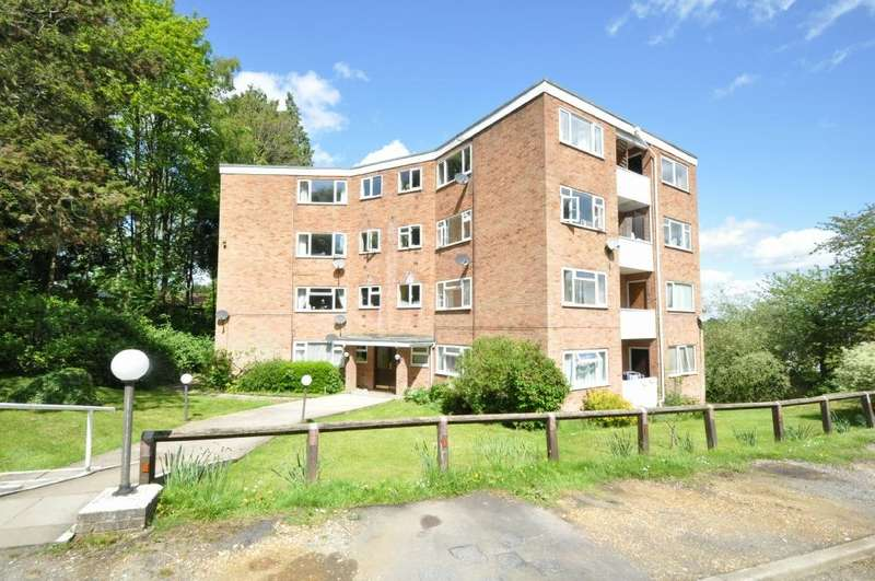 1 Bedroom Flat for rent in Runnymede Court, West End, Southampton, Hampshire, SO30 3DP