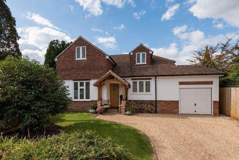 4 Bedrooms Bungalow for sale in College Lane, Hurstpierpoint, West Sussex,