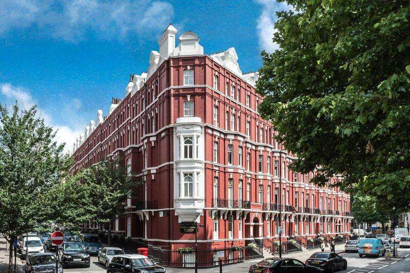 1 Bedroom Flat for sale in Oxford Cambridge Mansions, Old Marylebone Road NW1