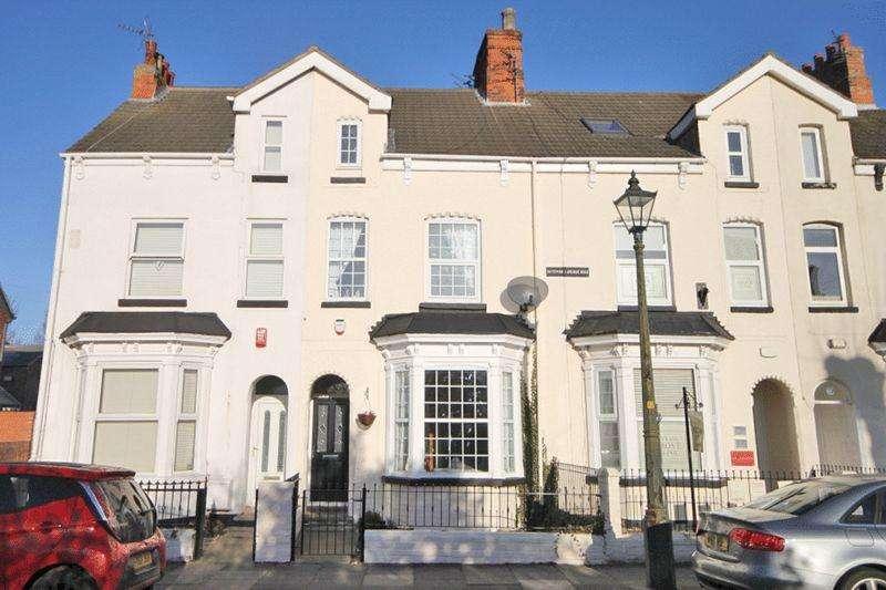 4 Bedrooms Terraced House for sale in ALBERT ROAD, CLEETHORPES