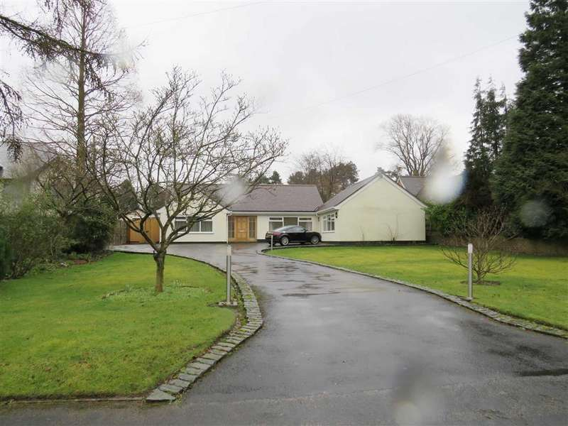 5 Bedrooms Detached House for rent in Anglesey Drive, POYNTON