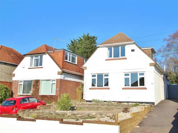 4 Bedrooms Chalet House for sale in Gorse Hill Road, Oakdale, POOLE, Dorset