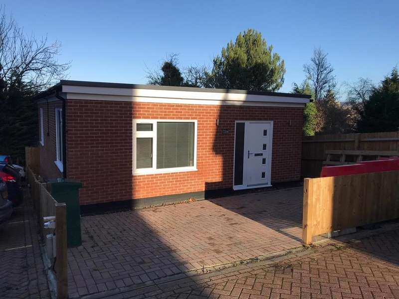 Detached House for rent in College Road, Maidstone