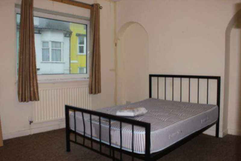 5 Bedrooms House Share for rent in Viaduct Road, BRIGHTON BN1