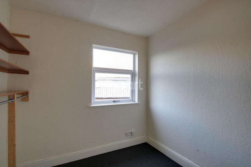 4 Bedrooms End Of Terrace House for sale in Denman Street, Radford