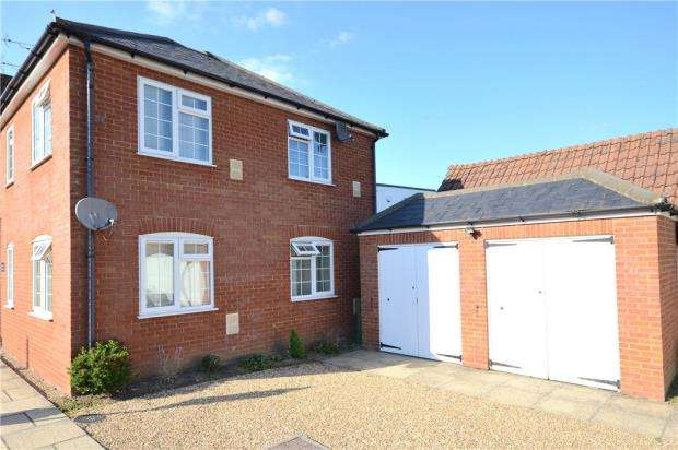 1 Bedroom Maisonette Flat for sale in Eclipse House, Terrace Road South, Binfield