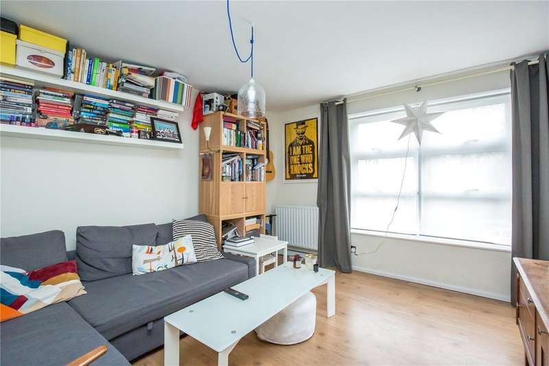 2 Bedrooms Apartment Flat for sale in Mount View Road, Stroud Green, London, N4