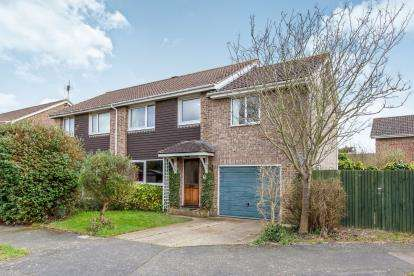 4 Bedrooms Semi Detached House for sale in Denvilles, Havant, Hampshire
