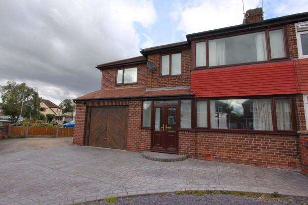 4 Bedrooms Semi Detached House for rent in Alwyn Gardens, Upton, Chester, CH2