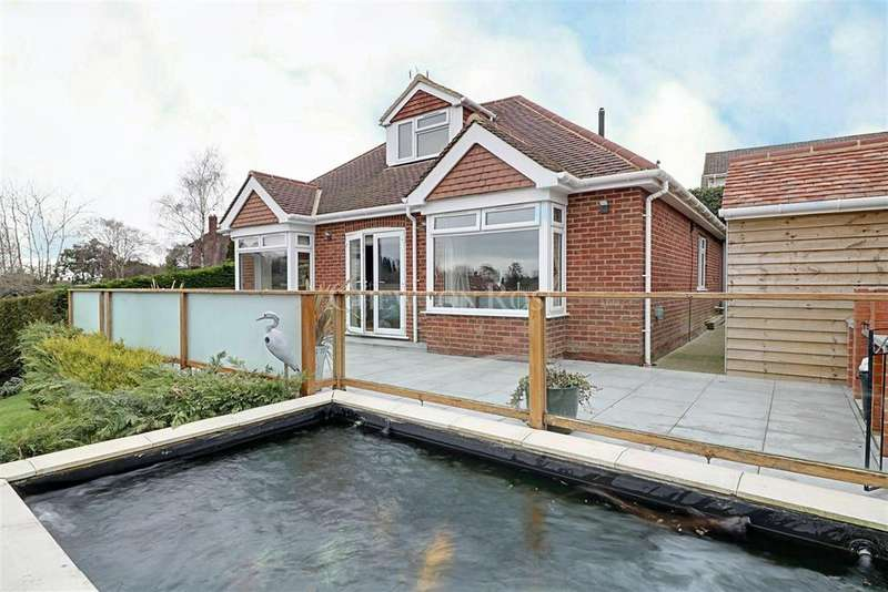 5 Bedrooms Detached House for sale in Wadhurst, East Sussex. TN5