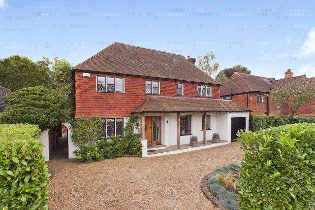 4 Bedrooms Detached House for rent in Cranley Close, Guildford, Surrey, GU1