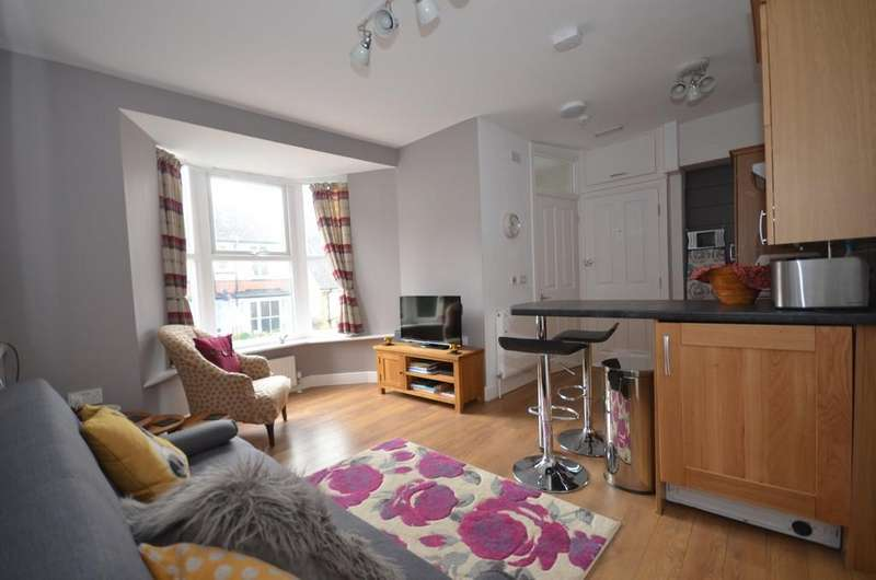 1 Bedroom Apartment Flat for sale in Cliff Terrace, Aberystwyth