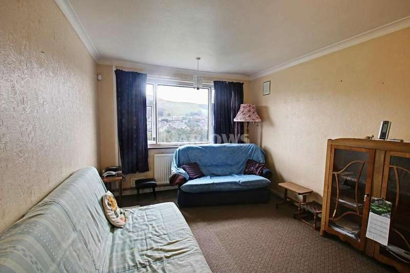 3 Bedrooms Bungalow for sale in Pen-y-Cwm, Abertysswg