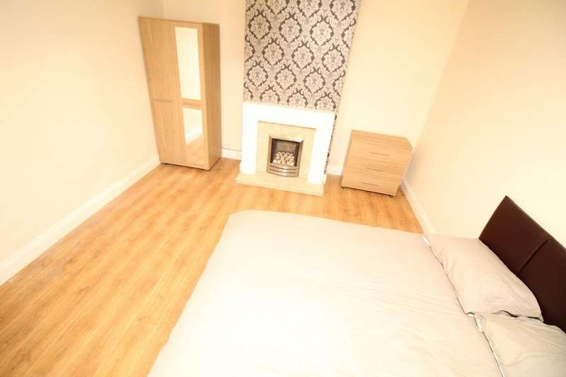5 Bedrooms House Share for rent in Queensberry Road, Intake DN2